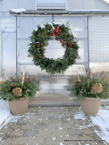 Christmas wreath and pots